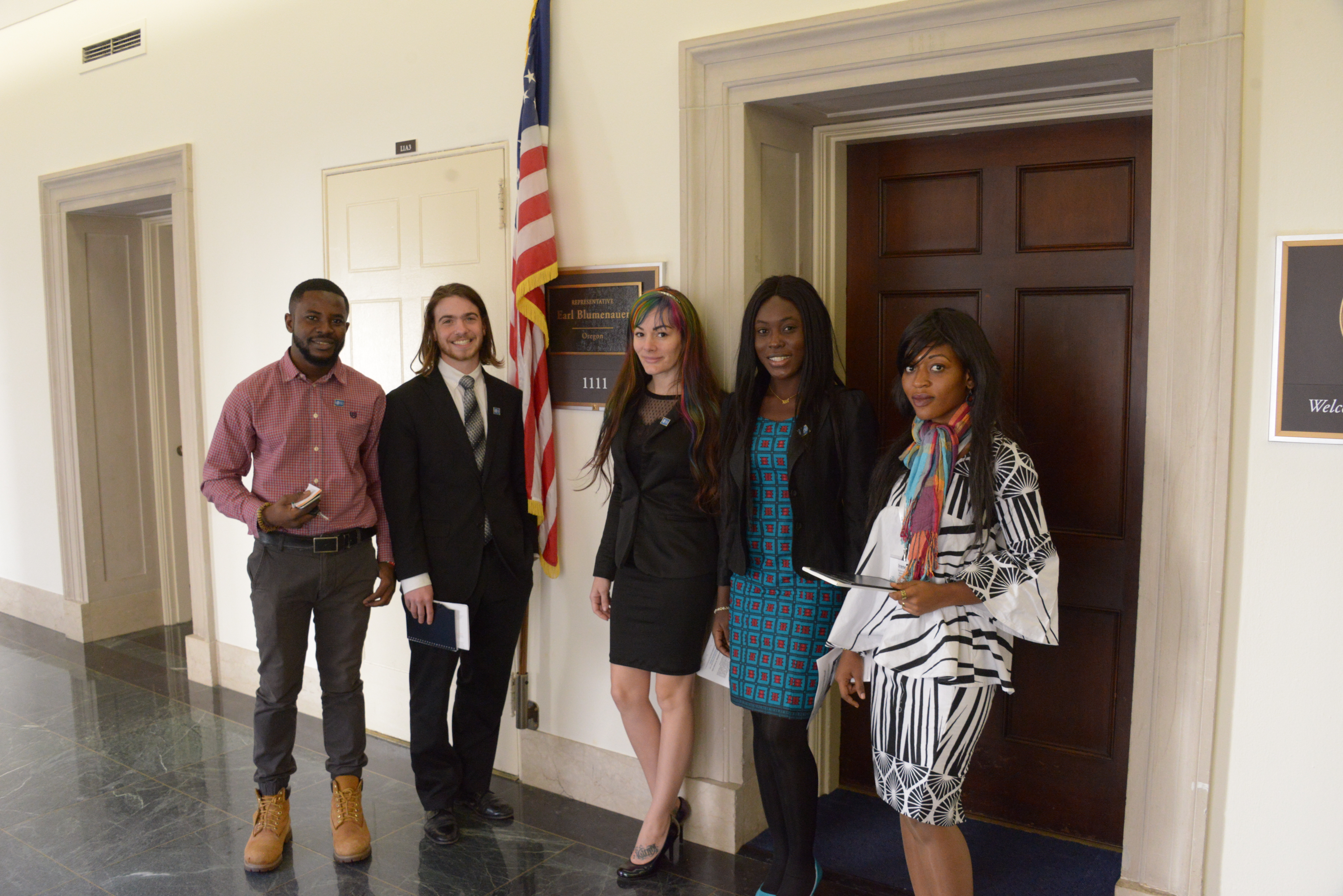 SSDPers during our 2018 lobby day in front of Congressman Blumenauer's office